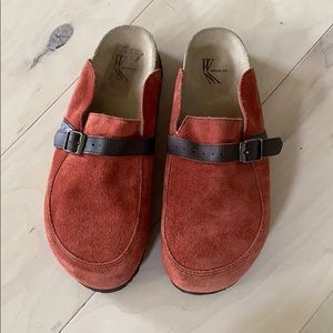 White Mountain rust color mules